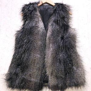 **NWOT** Faux fur Vest - Via Spiga - XS